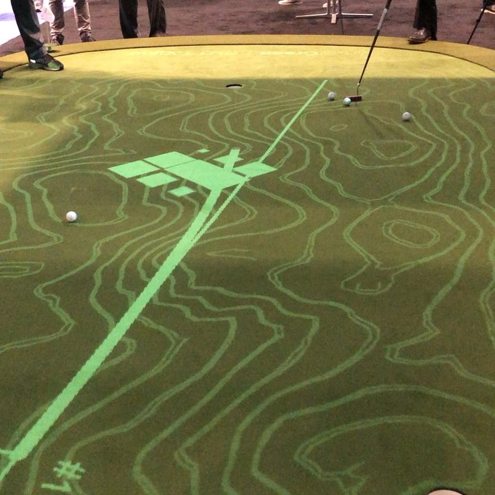 Amazing putting green!!!! WOW @aboutgolf_simulators