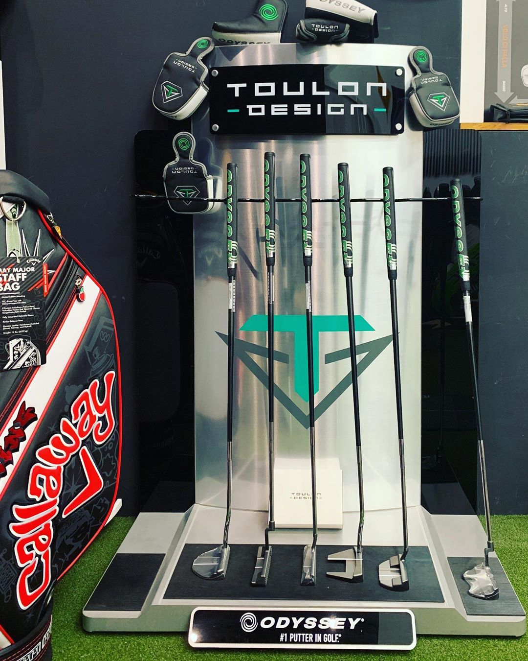 Hai mai provato un Toulon design con la tecnologia stroke lab?  stay tuned @toulondesign @odysseygolf @scienceandmotionsports